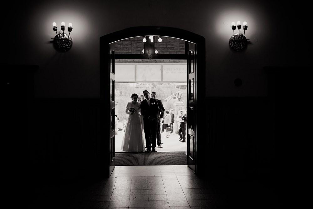 Fotografie z ceremonii ślubnych -03