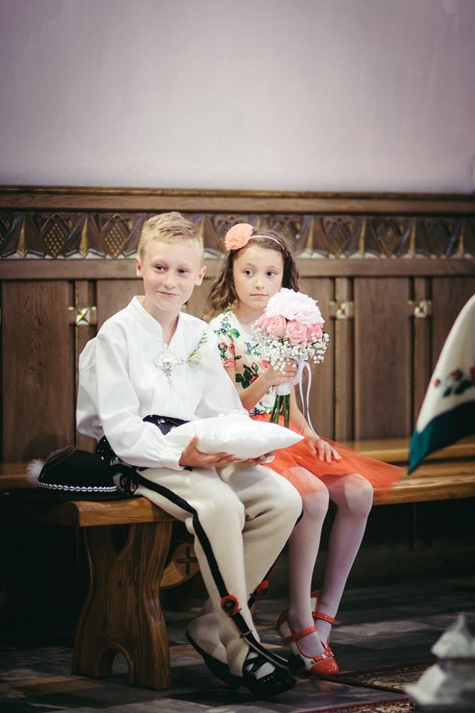 Fotografie z ceremonii ślubnych -09