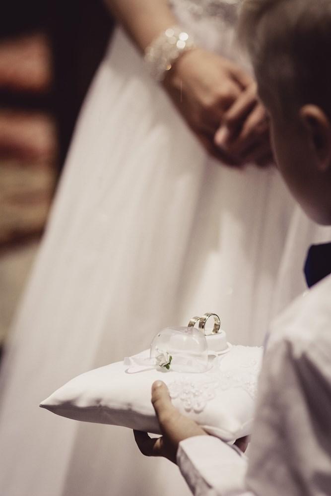 Fotografie z ceremonii ślubnych -13