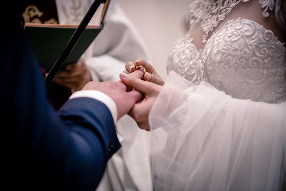 Fotografie z ceremonii ślubnych -15