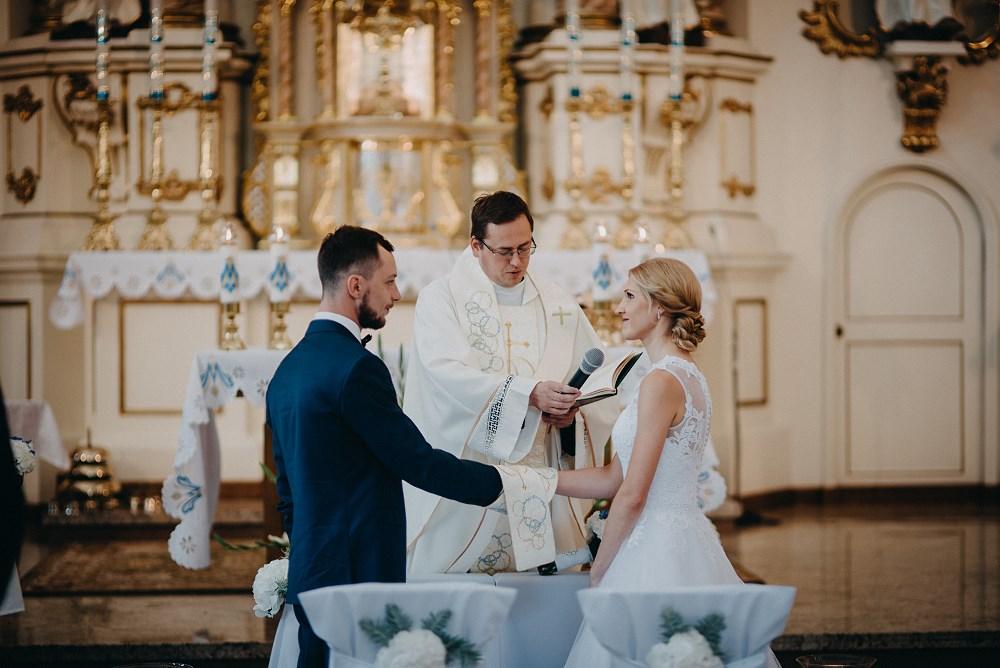 Ślub w Tokarni i wesele w Dworku Fantazja 36