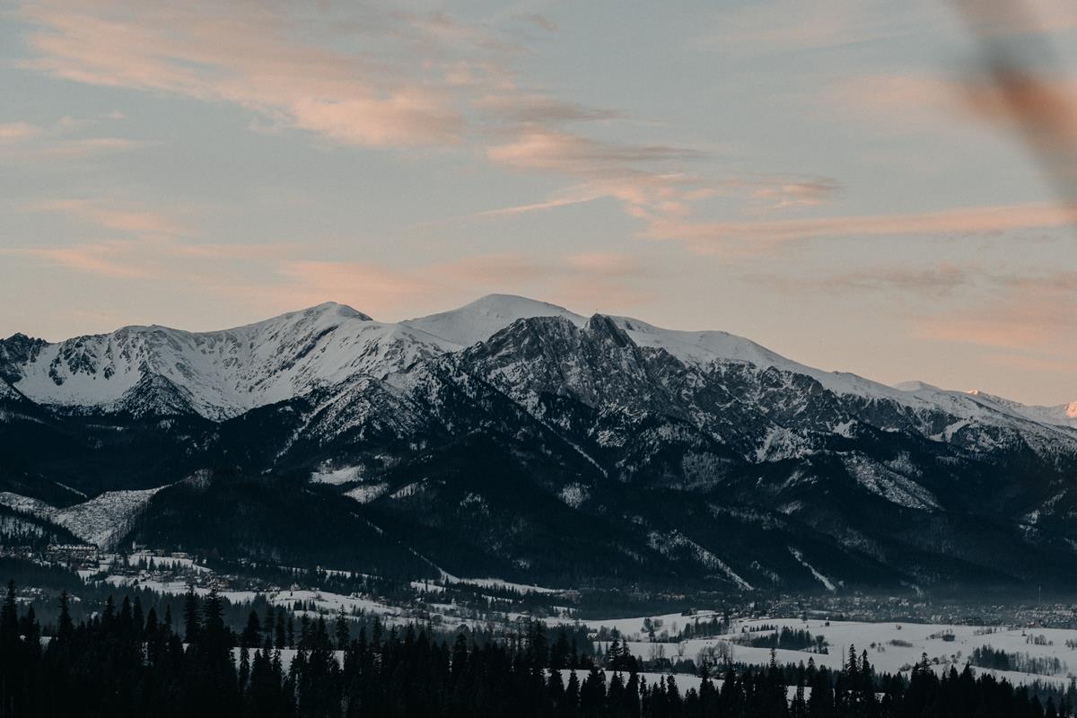 Sesja zaręczynowa w górach zimą18