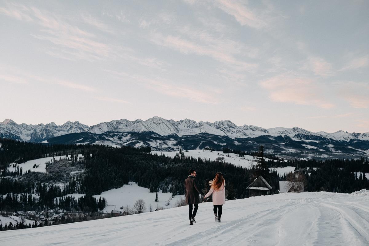 Sesja zaręczynowa w górach zimą19