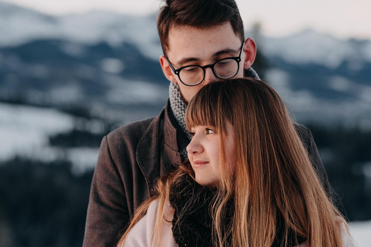 Sesja zaręczynowa w górach zimą20