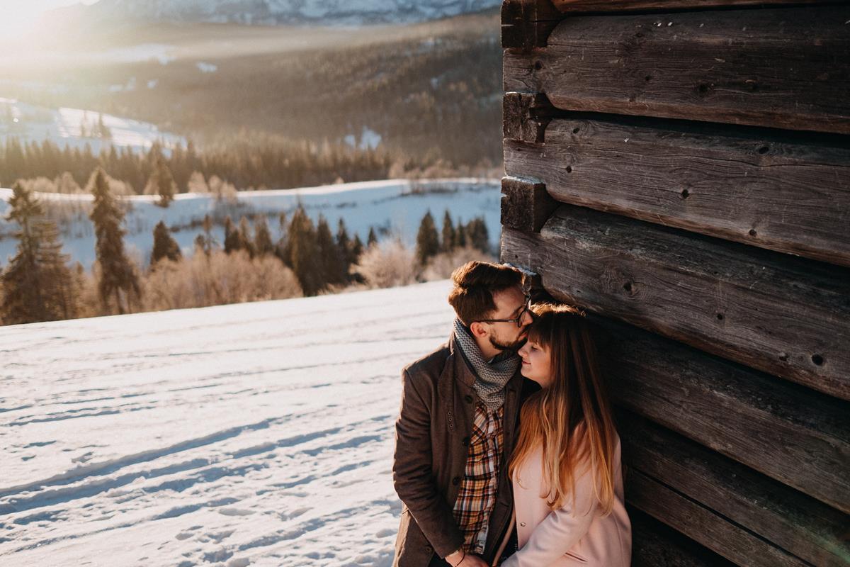 Sesja zaręczynowa w górach zimą37
