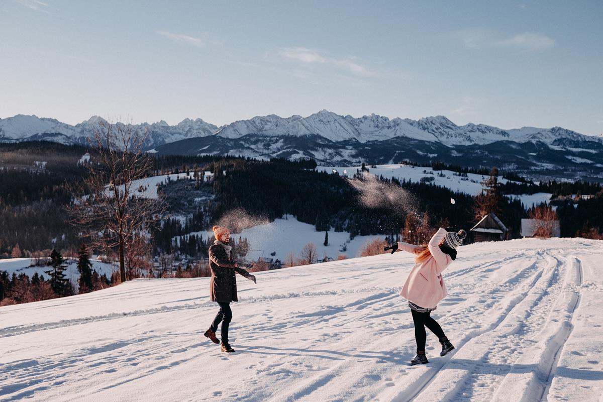 Sesja zaręczynowa w górach zimą42