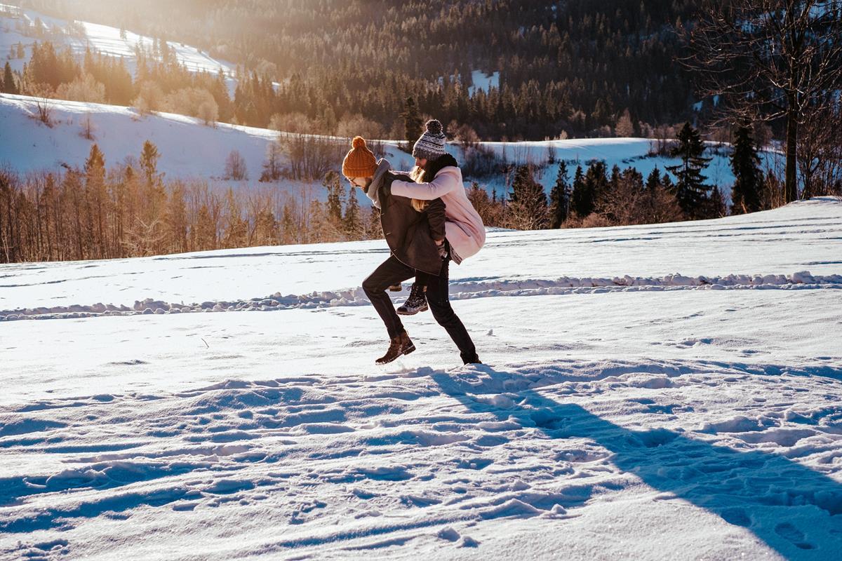 Sesja zaręczynowa w górach zimą45