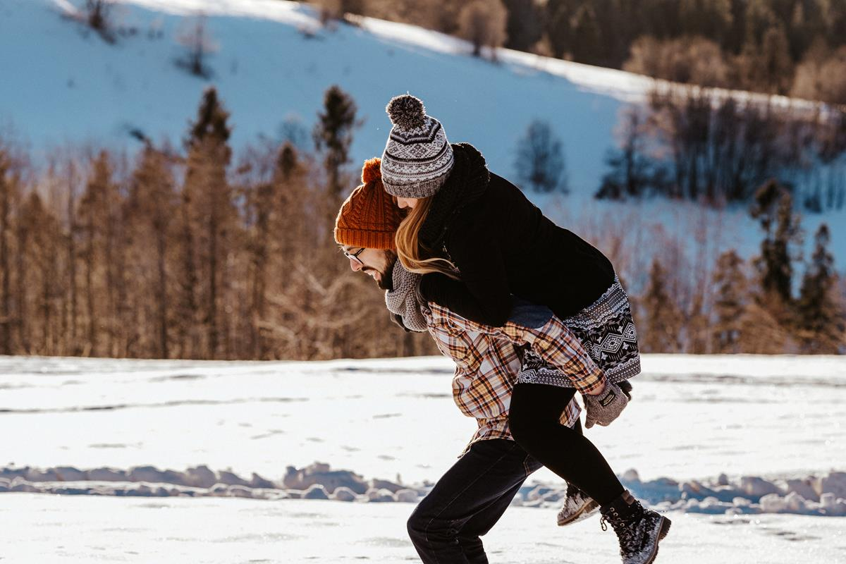 Sesja zaręczynowa w górach zimą46