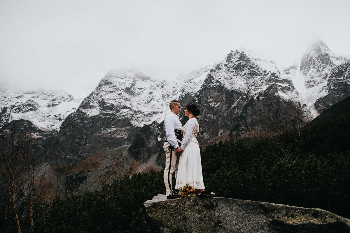 plener ślubny nad Morskim Okiem