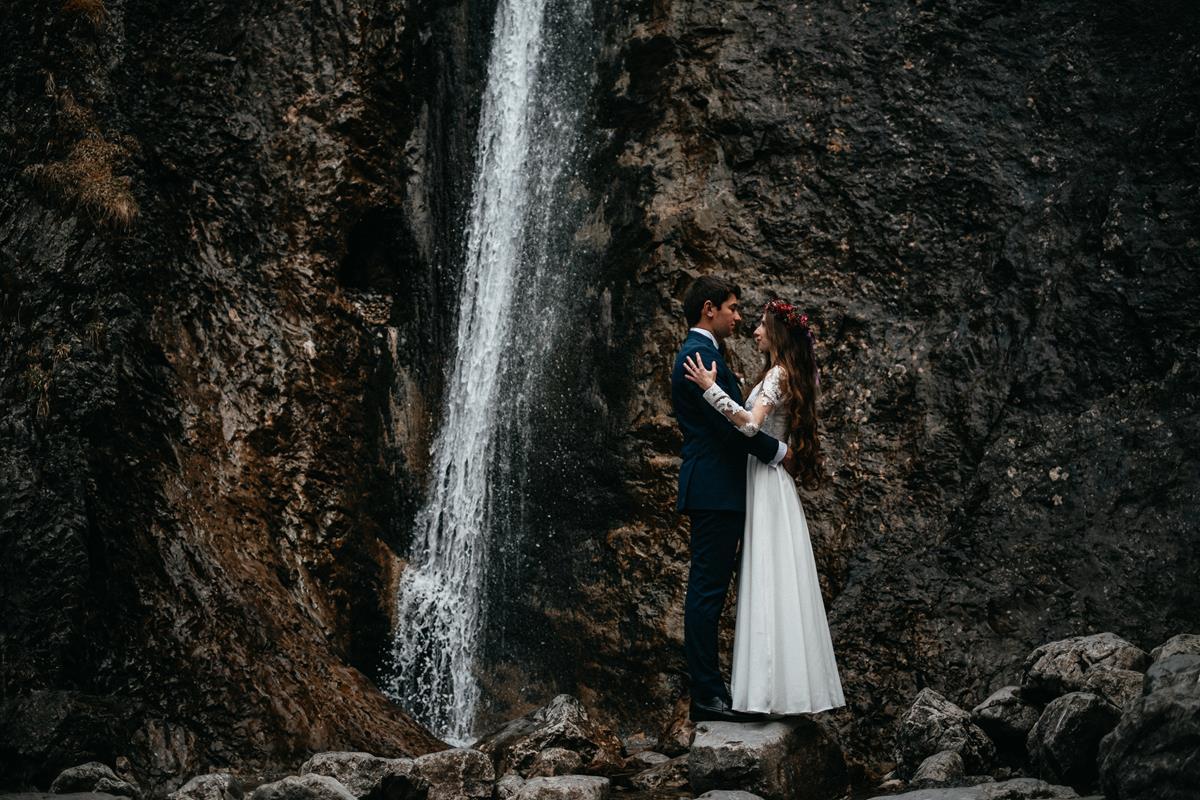 Sesja ślubna w Dolinie Strążyskiej – Klaudia i Maciej