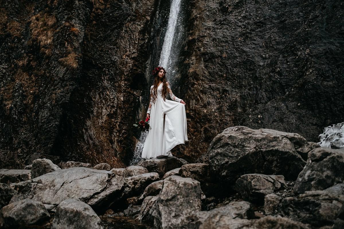 sesja ślubna w Dolinie Strążyskiej